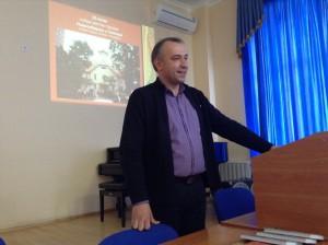 КУГАЕВСКИЙ А. В., профессор кафедры народных инструментов НГК имени М. И. Глинки.