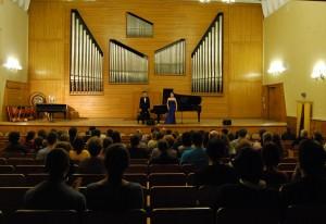 Концерт японской и русской музыки. Солистка – Мацуи Аки, концертмейстер – Такахаси Кэнъитиро