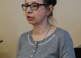 ЛЕОНОВА Наталья Владимировна, канд. иск., профессор кафедры этномузыкознания НГК им. М. И. Глинки